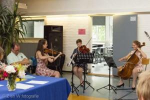 Trio Sorelli op de diploma uitreiking van het CGU, juni 2015